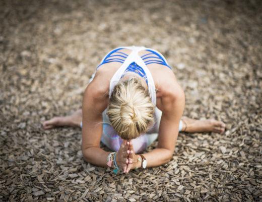 Yogabild Louisa