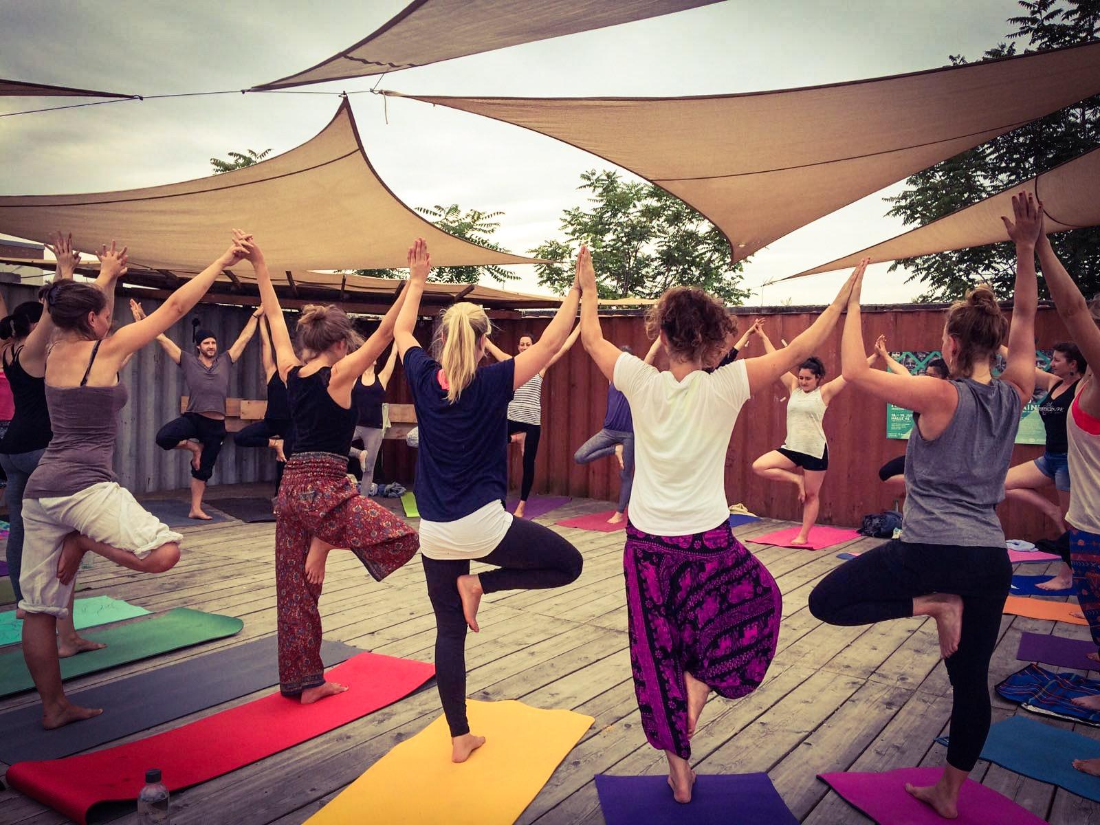 Yoga verbindet