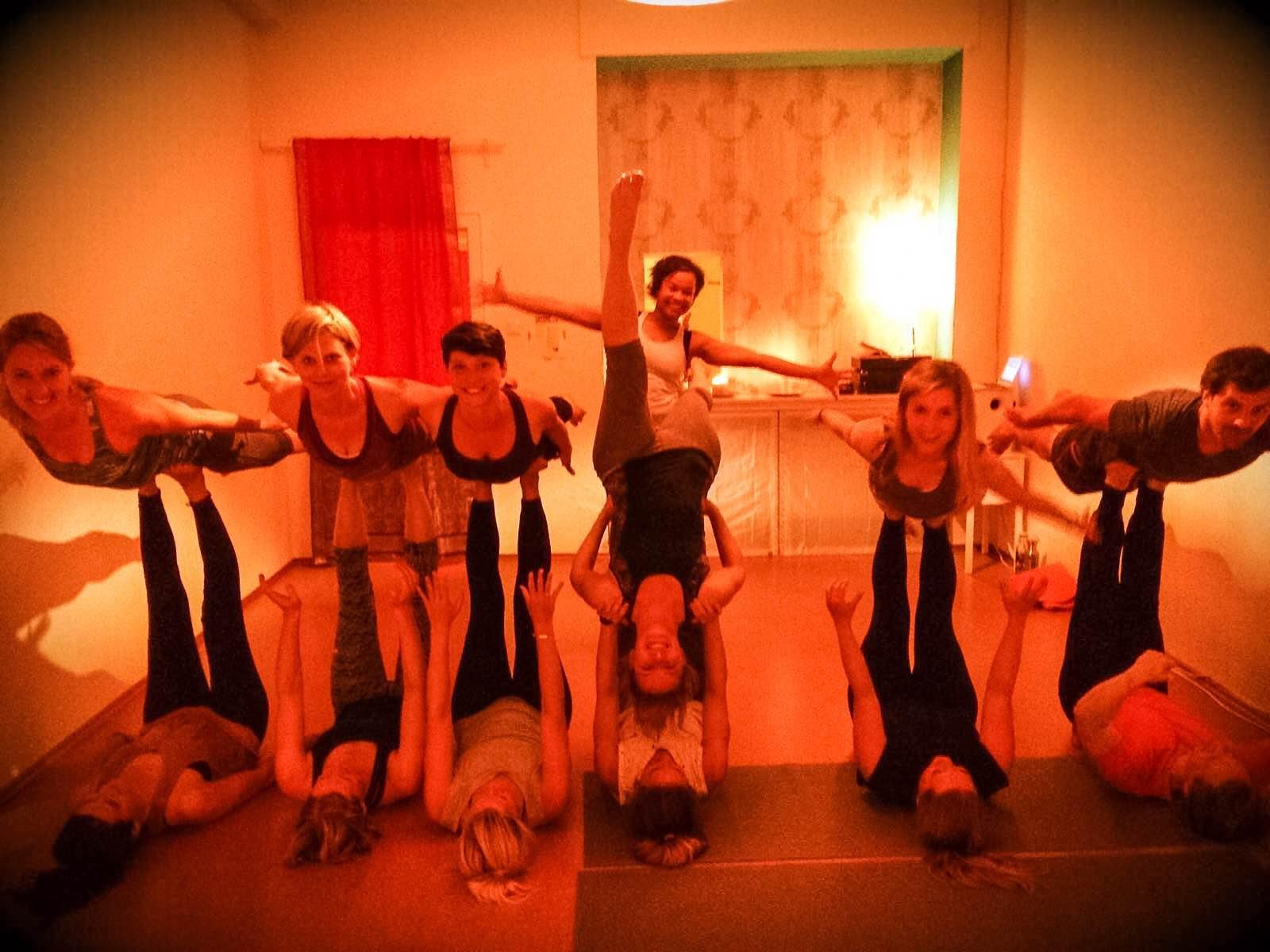Acro Yoga Yogalanie