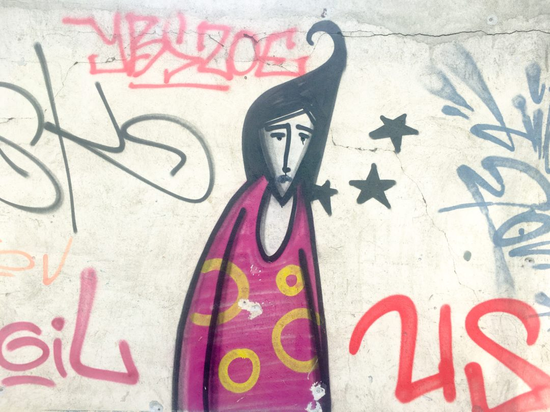 Street Art trauriges Mädchen